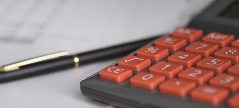 business-calculator-calculation