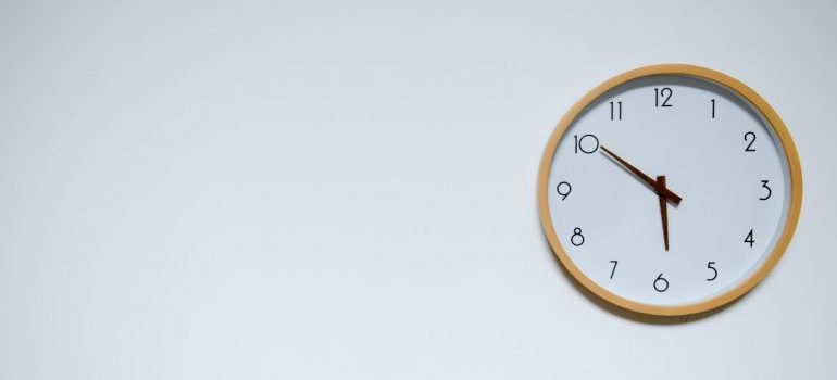 Picture of a clock. Moving to Marseille from NYC requires a timely start
