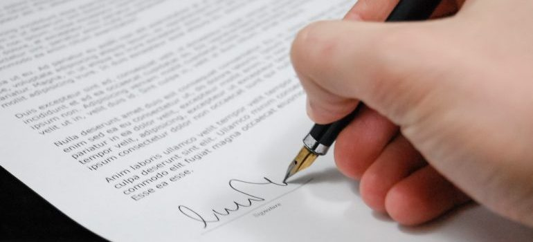 regardless of whether you may be A consignor and a consignee, you will need to sign documents
