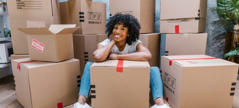 woman moving to Luxembourg from US